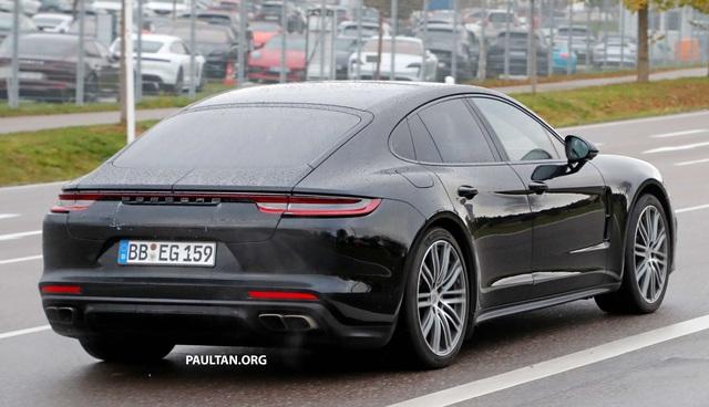 Porsche Panamera facelift lộ nội thất, dùng vô lăng giống 911 - Ảnh 3.