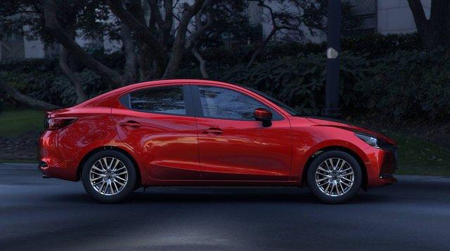 Mazda2 sedan thế hệ mới chính thức trình diện: Thêm mỹ miều để đấu Toyota Vios - Ảnh 1.