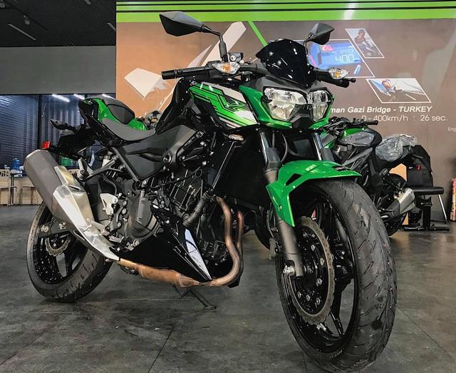 Kawasaki Z400 giá 149 triệu đồng đầu tiên về Việt Nam - đối đầu KTM Duke 390 và Honda CB300R - Ảnh 1.