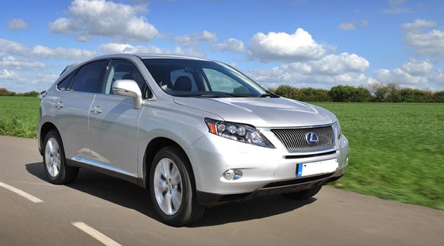 Xe công Lexus rẻ chỉ bằng một nửa giá thị trường - Ảnh 3.