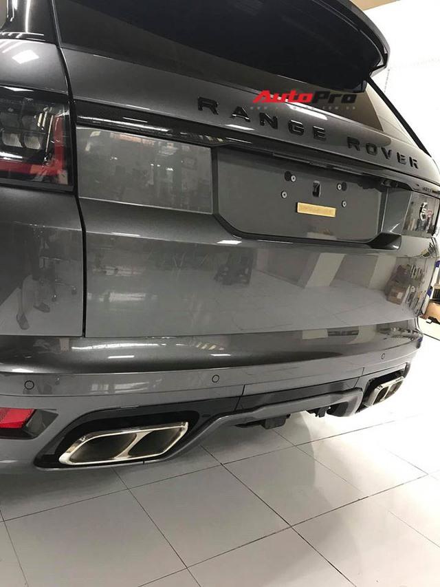 Range Rover Sport SVR 2019 động cơ mạnh như siêu xe đầu tiên về Việt Nam, giá không dưới chục tỷ đồng - Ảnh 3.