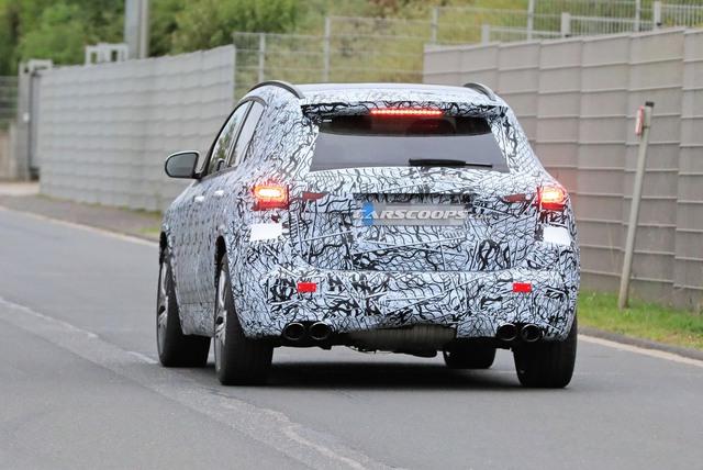 Mercedes-Benz GLA 2020 ra mắt trong vài tuần tới, cạnh tranh BMW X1 - Ảnh 4.