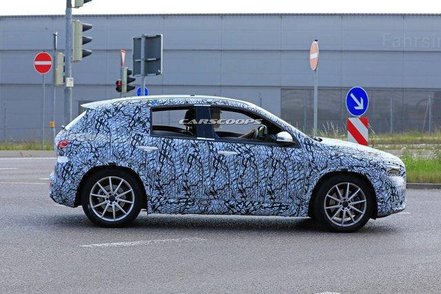Mercedes-Benz GLA 2020 ra mắt trong vài tuần tới, cạnh tranh BMW X1 - Ảnh 2.