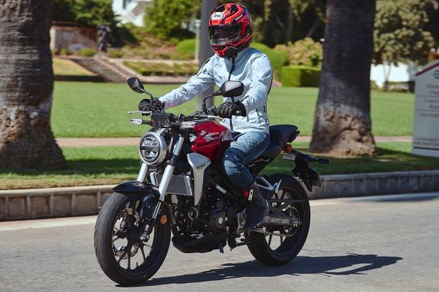 Vừa về nước, Honda CB300R tiếp tục giảm giá thêm 5 triệu đồng - thế khó cho xe chính hãng - Ảnh 2.