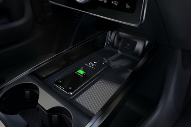 Ra mắt Ford Mustang Mach-E: SUV thuần điện xác Ngựa hoang, hồn Explorer - Ảnh 7.