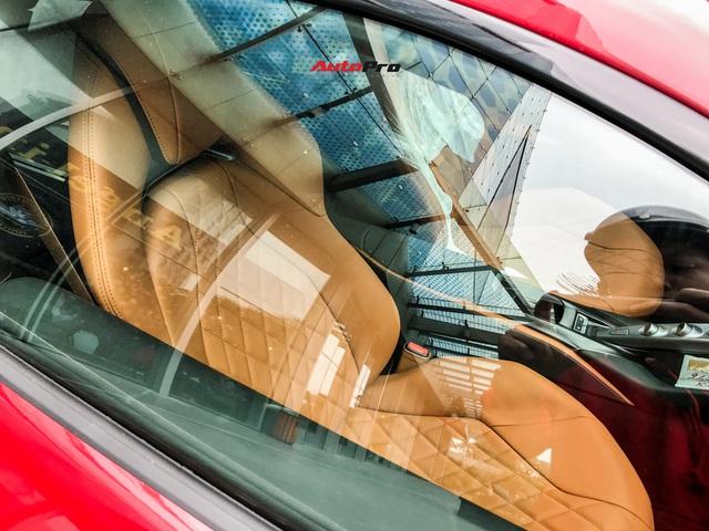 Ferrari 812 Superfast lần đầu được đại gia Hà Nội đưa xuống phố - Ảnh 11.