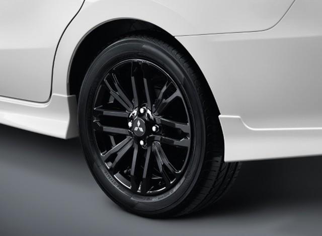 Vừa ra mắt, Mitsubishi Mirage/Attrage mang bộ mặt Xpander lập tức có bodykit ngoại thất hầm hố hơn - Ảnh 4.