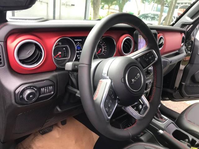 Cặp đôi Jeep Wrangler Rubicon 2019 đầu tiên về Việt Nam, giá khoảng 4 tỷ đồng - Ảnh 7.