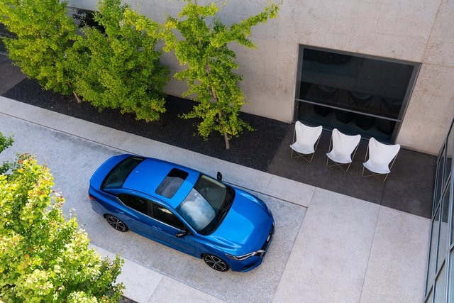 Nissan Sentra chính thức lên đời đấu Civic, Corolla với thiết kế ấn tượng hơn bao giờ hết - Ảnh 1.