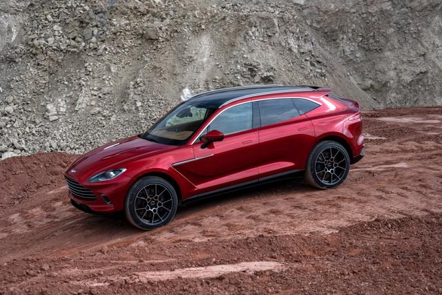 Aston Martin DBX 2020 - Đối thủ mới của Lamborghini Urus, Bentley Bentayga chính thức ra mắt - Ảnh 1.