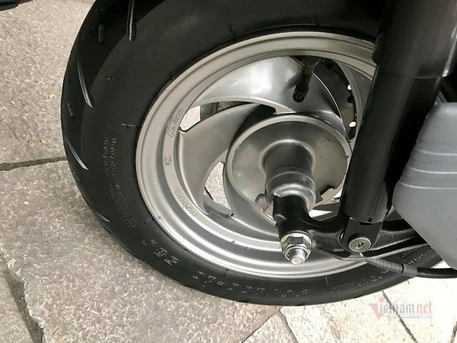Xe tay ga Honda Spacy 11 năm tuổi giá 125 triệu ở Hà Nội - Ảnh 4.