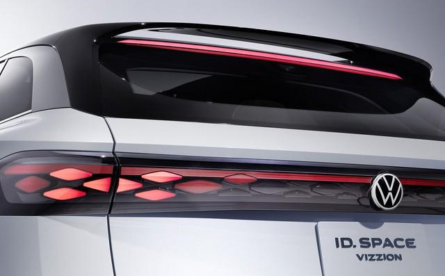Volkswagen ra mắt xe điện lai crossover mạnh 275 mã lực, chạy được 590 km mỗi lần sạc đầy - Ảnh 7.