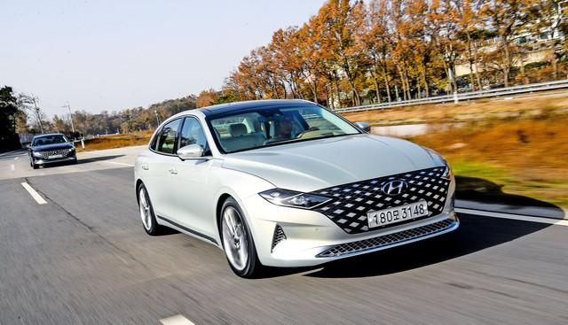 Đàn anh Sonata Hyundai Azera trở thành hàng hot: 3.000 đơn hàng mỗi ngày - Ảnh 1.