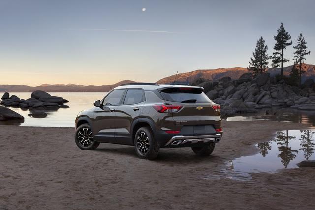 Ra mắt Chevrolet Trailblazer mới: Rẻ hơn cả Trax, gây sức ép tới Toyota Fortuner - Ảnh 7.