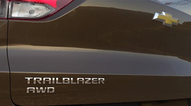 Ra mắt Chevrolet Trailblazer mới: Rẻ hơn cả Trax, gây sức ép tới Toyota Fortuner - Ảnh 9.
