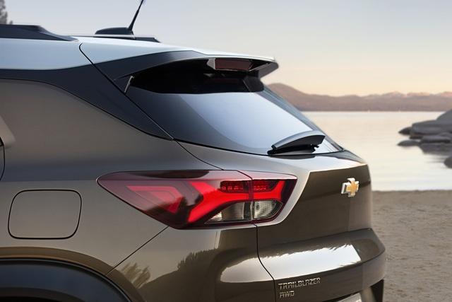 Ra mắt Chevrolet Trailblazer mới: Rẻ hơn cả Trax, gây sức ép tới Toyota Fortuner - Ảnh 8.