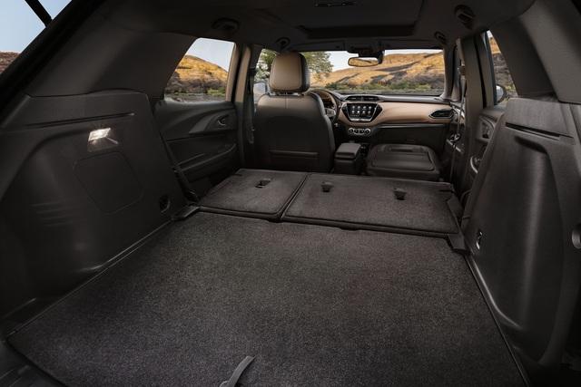 Ra mắt Chevrolet Trailblazer mới: Rẻ hơn cả Trax, gây sức ép tới Toyota Fortuner - Ảnh 12.