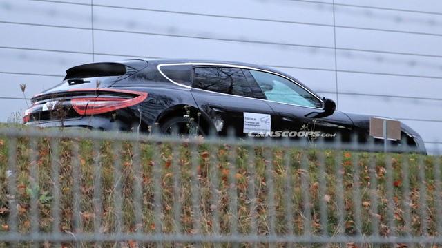 Porsche Taycan sắp về Việt Nam lộ diện thêm cấu hình mới