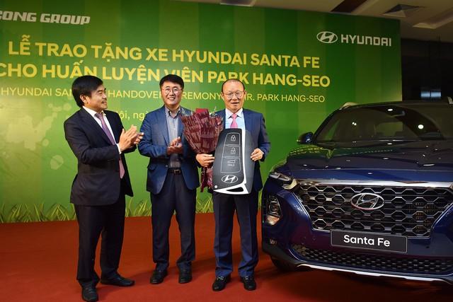 Bộ sưu tập xe bạc tỷ mà ông Park Hang-seo được tặng sau 2 năm dẫn dắt đội tuyển Việt Nam - Ảnh 2.