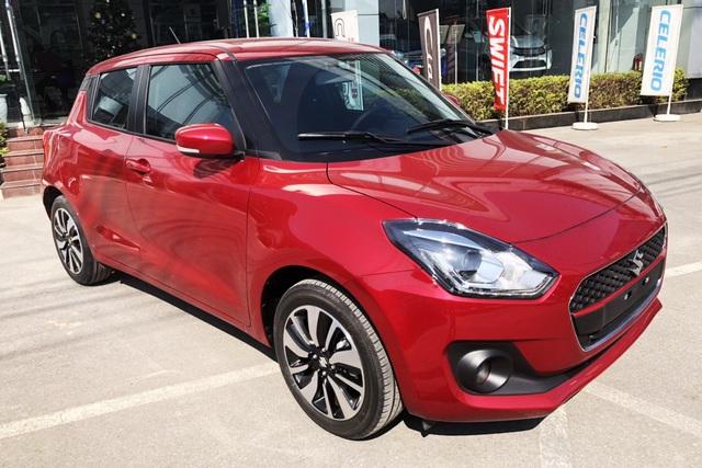 Suzuki Swift giảm giá sốc tại Việt Nam trước cơn bão tăng giá năm 2020 - Ảnh 1.