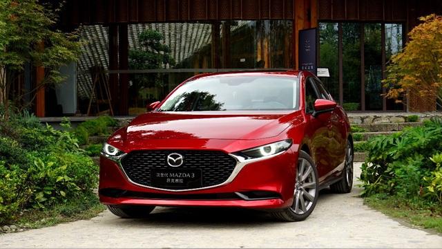 Mazda3 càn quét giải thưởng Xe của năm tại nhiều quốc gia - Nỗ lực chứng minh quyết định lên đời là đúng đắn
