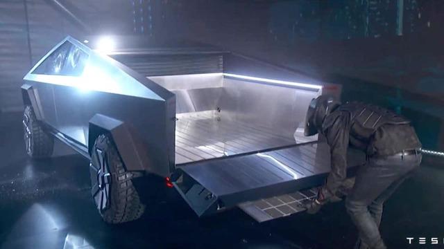 Xe bán tải siêu bền của tỷ phú Elon Musk bị dân mạng chế ảnh châm biếm - Ảnh 9.