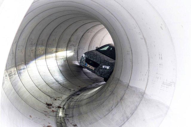 Mercedes-Benz nói gì, làm gì với GLA sắp ra mắt để khác biệt với GLB? - Ảnh 2.