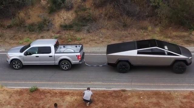 Ford, Tesla đấu khẩu, chuẩn bị cho màn kéo co xem ai sở hữu bán tải mạnh mẽ nhất thị trường