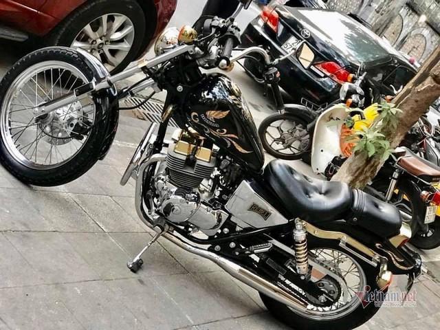 Xe máy Honda 34 năm tuổi giá 220 triệu ở Hà Nội - Ảnh 5.
