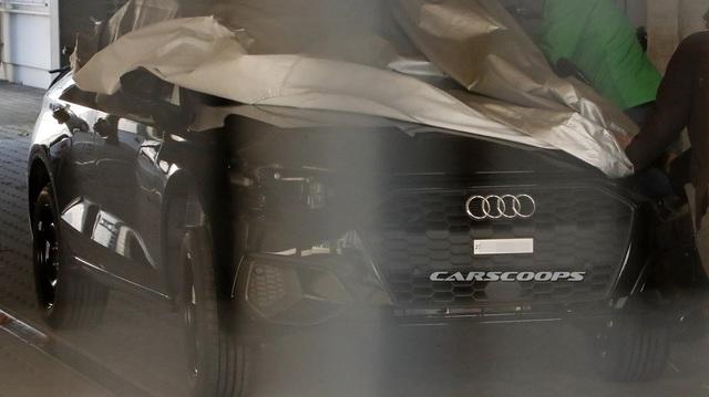 Audi A3 đời mới bất ngờ lộ ảnh nhưng bên trong còn ấn tượng hơn