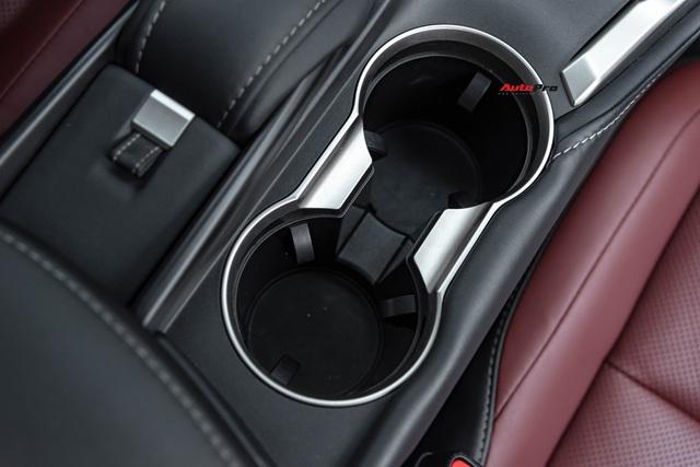 Thần giữ giá Lexus: NX200t đi 3 năm vẫn đắt ngang Mercedes-Benz GLC mua mới - Ảnh 7.