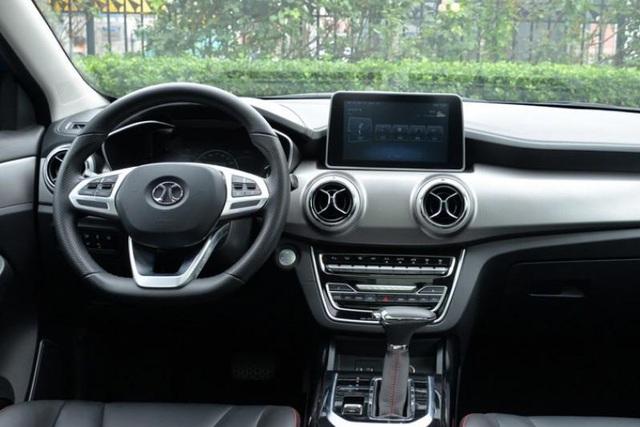 SUV Trung Quốc ồ ạt về Việt Nam: Giá rẻ hơn hàng trăm triệu so với xe Nhật, Hàn - Ảnh 6.