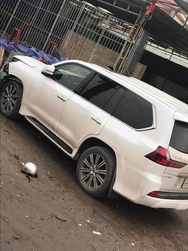 Hà Nội: Xe Lexus biển ngũ quý gây tai nạn khiến 1 người phụ nữ tử vong tại chỗ - Ảnh 3.