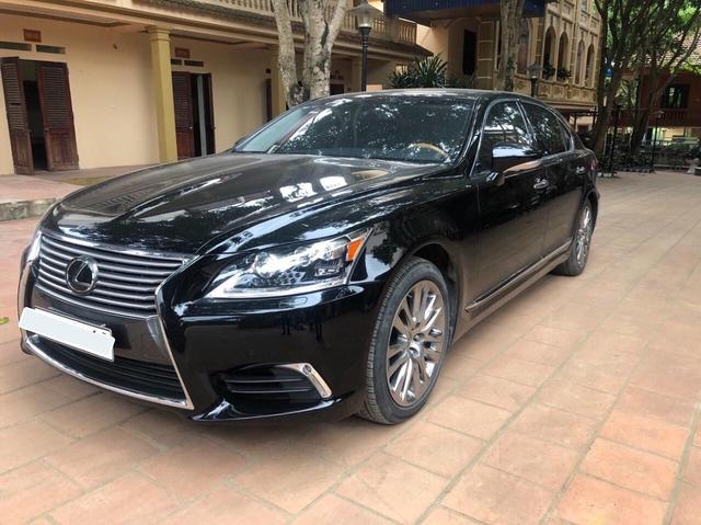 3 năm tuổi, hàng hiếm Lexus LS460L bán lại vẫn đắt hơn Mercedes-Benz S-Class mua mới - Ảnh 1.