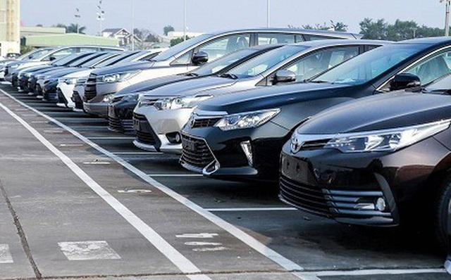 Kỷ lục mới của ô tô nhập khẩu: Hơn 135.000 chiếc về cảng, trị giá 2,96 tỷ USD - Ảnh 1.