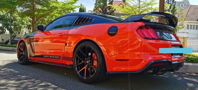Ford Mustang độ khét lẹt được rao bán giá 2,1 tỷ đồng tại Việt Nam - Ảnh 2.