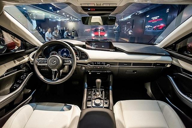 Mazda3 thế hệ mới giá cao nhất 939 triệu đồng - Khi vua doanh số hạng C lên tiệm cận hạng sang - Ảnh 5.