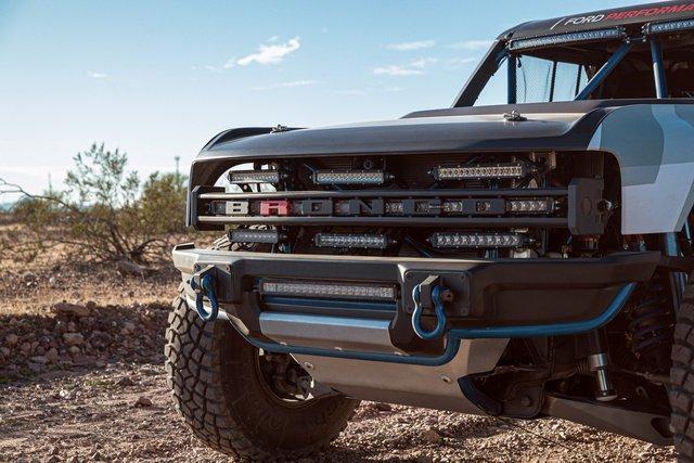 Ford manh động bất ngờ với Bronco R Prototype siêu dữ dằn - Ảnh 3.