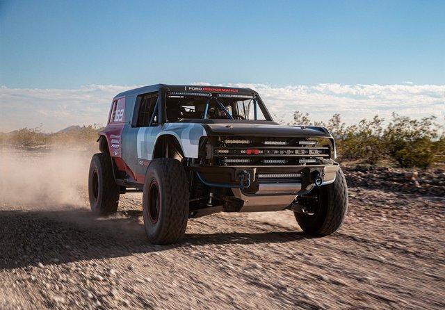 Ford manh động bất ngờ với Bronco R Prototype siêu dữ dằn - Ảnh 4.