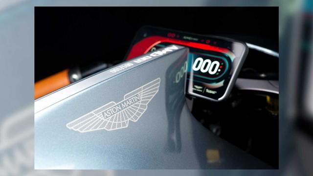 Mô tô Aston Martin đặc biệt thử sức với BMW Motorrad là đây - Ảnh 5.