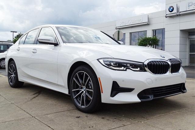 BMW 3-Series phiên bản mới sắp ra mắt tại Việt Nam với giá dự kiến gần 2,2 tỷ đồng - Ảnh 1.