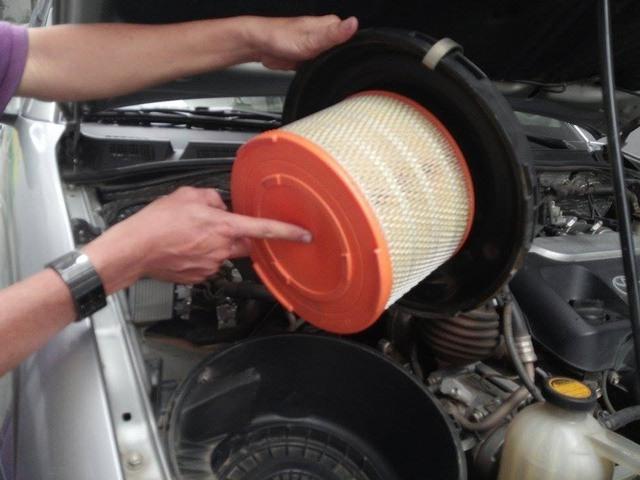 Mẹo lái xe số tự động giúp tiết kiệm 20% xăng - Ảnh 1.
