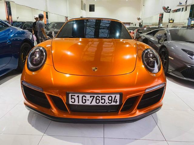 Chán màu gốc giá ngàn USD, đại gia Việt thay áo cho Porsche 911 Targa 4 GTS độc nhất Việt Nam - Ảnh 2.