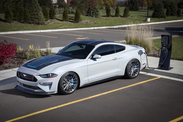 Xe thể thao bán chạy nhất thế giới Ford Mustang sắp có hàng loạt thay đổi quan trọng này - Ảnh 1.