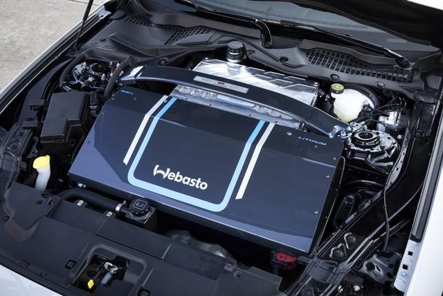 Ra mắt Ford Mustang Lithium - Xe cơ bắp không thể gầm rú trên đường phố - Ảnh 4.