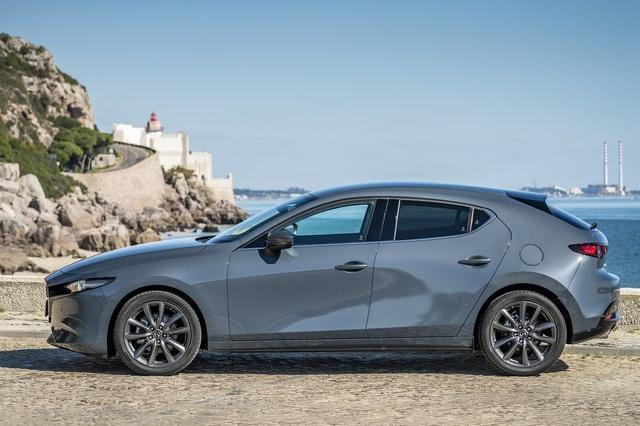 Chênh tới 200 triệu đồng, 10 phiên bản Mazda3 đang bán tại Việt Nam có gì khác biệt, đâu là lựa chọn tối ưu cho bạn? - Ảnh 4.