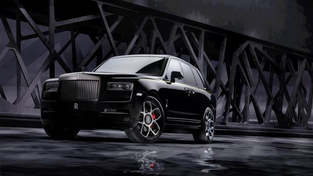 Rolls-Royce Cullinan Black Badge trình làng, tham vọng 'nhấm chìm' Bentley Bentayga Speed