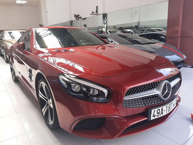 Xe thể thao Mercedes-Benz hàng hiếm rao bán lại, 2 năm tuổi giá vẫn ngang S-Class mua mới - Ảnh 1.