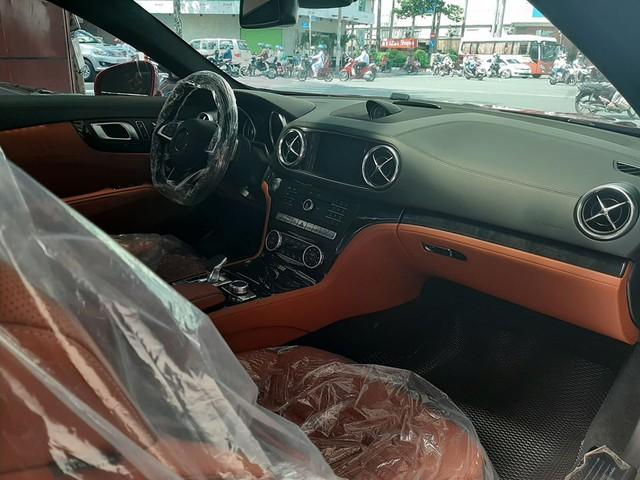 Xe thể thao Mercedes-Benz hàng hiếm rao bán lại, 2 năm tuổi giá vẫn ngang S-Class mua mới - Ảnh 3.