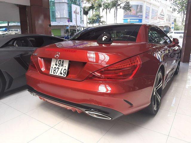 Xe thể thao Mercedes-Benz hàng hiếm rao bán lại, 2 năm tuổi giá vẫn ngang S-Class mua mới - Ảnh 2.